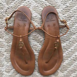 f564c0e0ba74 Tory Burch. EUC Tory Burch Emmy Thong sandal